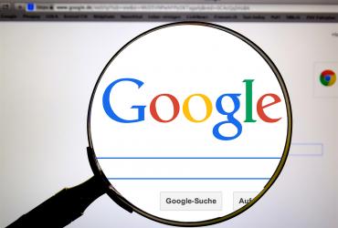google 485611 1280 370x250 - 比躺著還快!教你將新網頁登錄至 Google 搜尋引擎