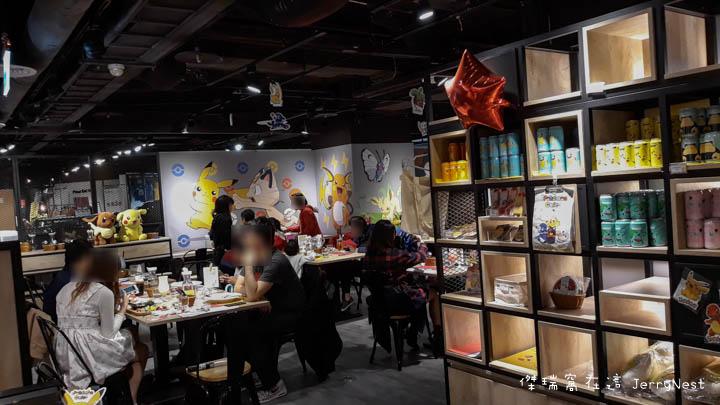 pika 10 - 台北西門|寶可夢期間限定,身為皮卡丘粉當然要來朝聖啊!頑食概念誠品武昌店