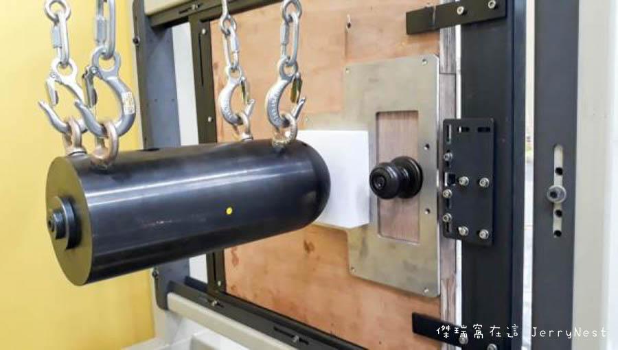 ul2 3 - UL 台灣 30 周年!UL 測試實驗室到底在做甚麼呢?電燈、延長線、五金門鎖,家庭安全就靠他了 Part2