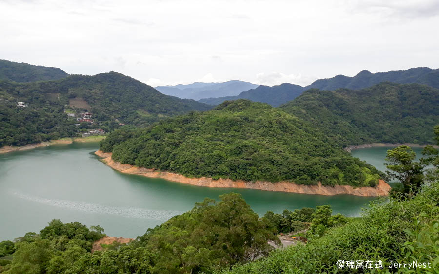 lake 10 - 新北石碇|探訪千島湖秘境、八卦茶園,享受坐擁仙境的感覺