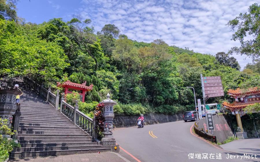 baishihu 10 - 台北內湖|碧山巖步道、白石湖吊橋、同心池、夫妻樹