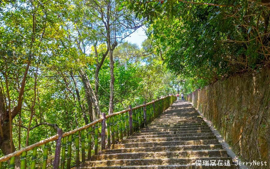 baishihu 13 - 台北內湖|碧山巖步道、白石湖吊橋、同心池、夫妻樹
